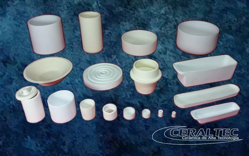Cadinho de porcelana